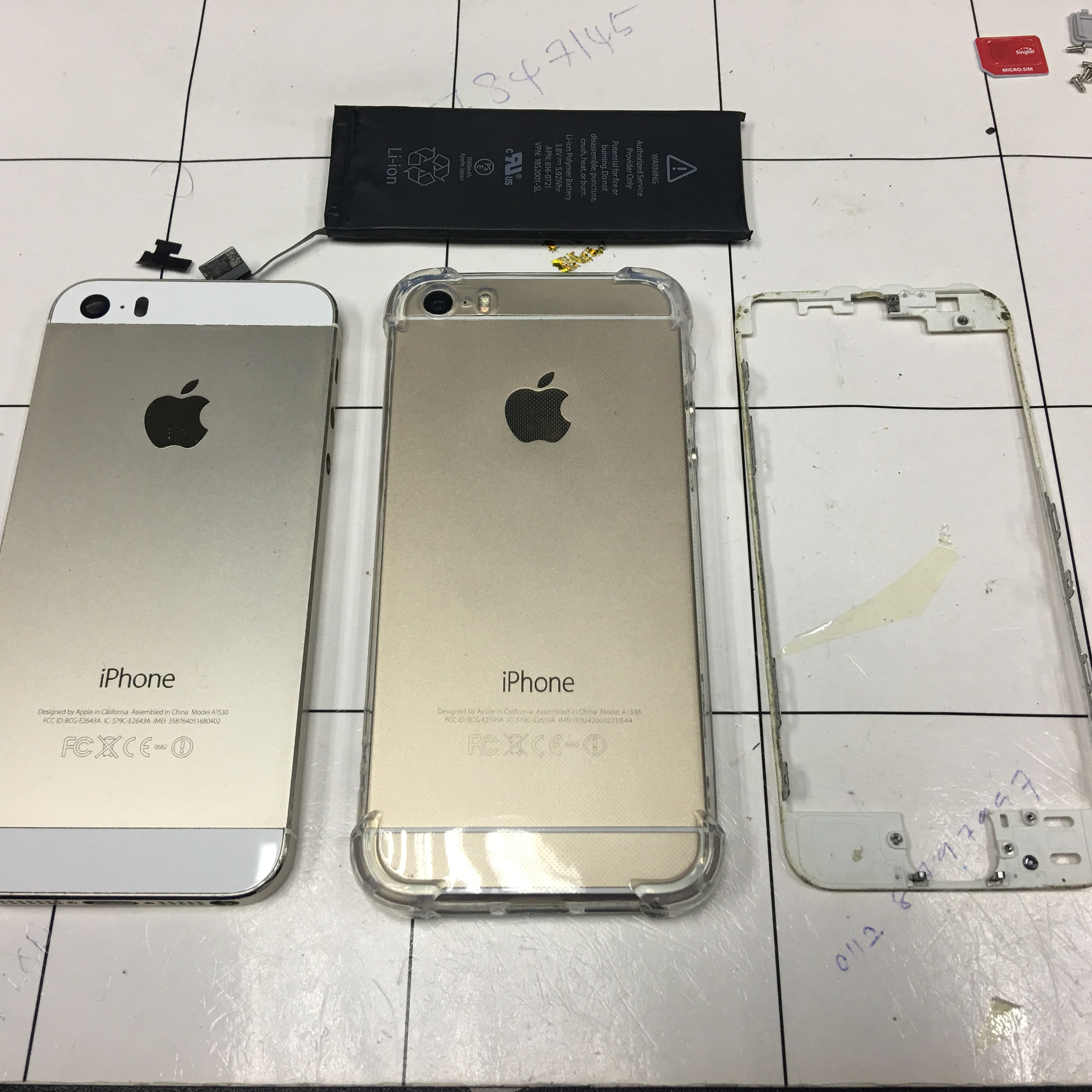 Battery & Frame iPhone 5s Replacement